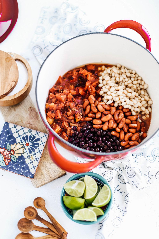 Simple Vegetarian Quinoa Chili-1.jpg