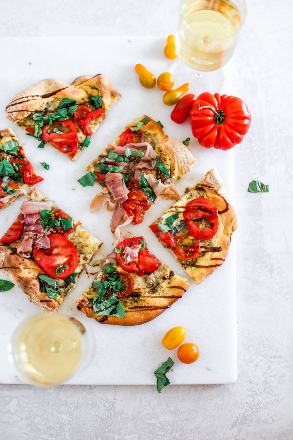 Caprese and Proscuitto Pizza-5.jpg