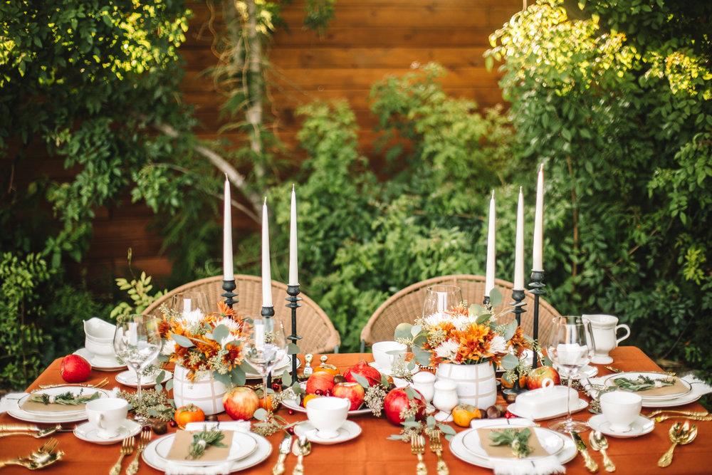 Traditional Modern Thanksgiving Table-5.jpg