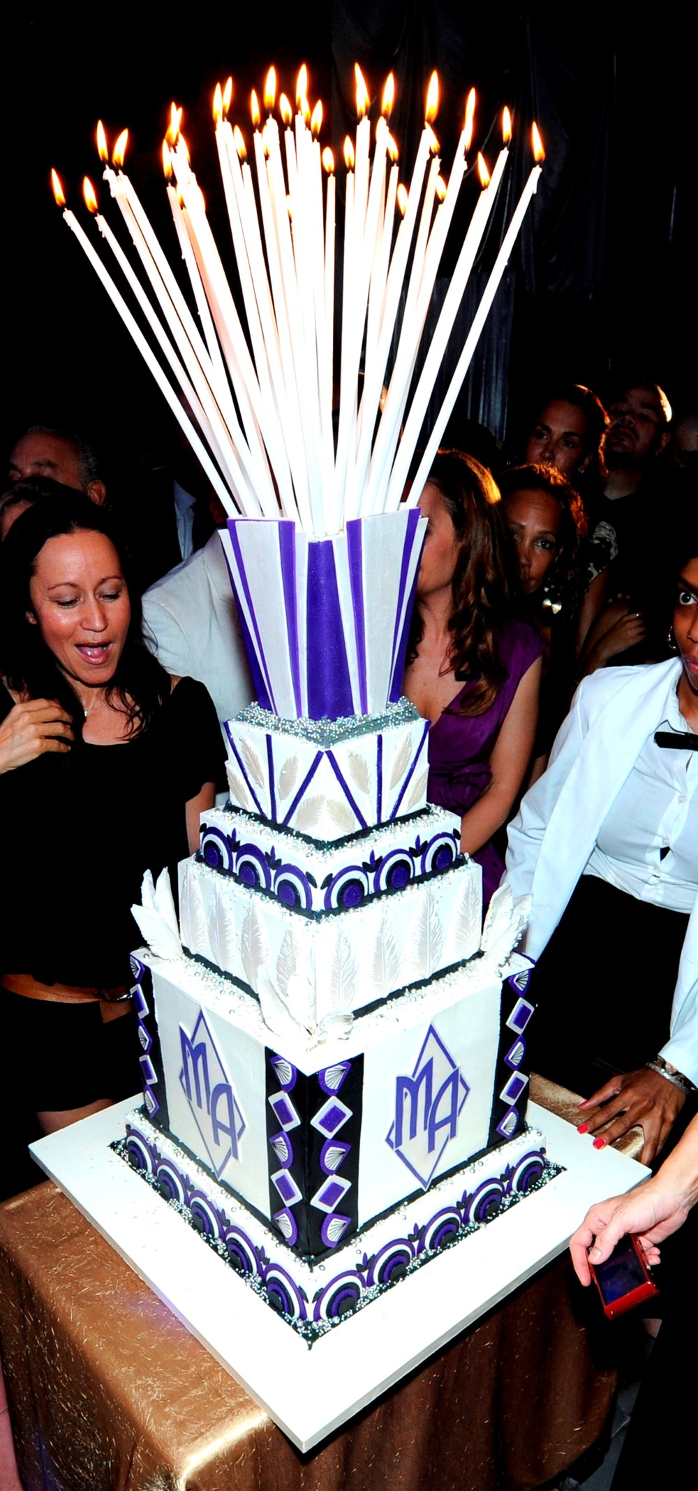 20. Art Deco Cake, marc anthony 40th birthday.jpg