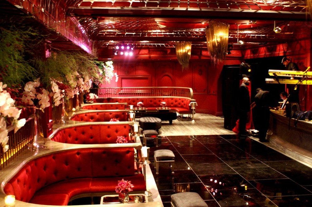 007.the darby, red+black+pink event lounge, pink+white orchids, red velvet booths, black plexi dance floor, mirrored lounge furniture .JPG