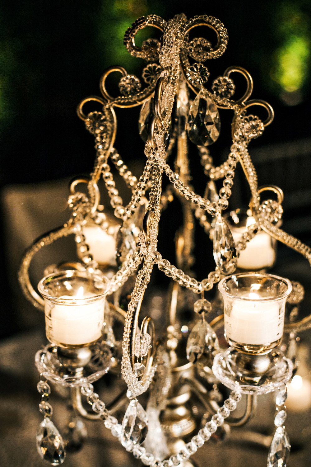 39. LS - Head table, wedding chandaliers, chandaliers & candles, modern romantic wedding, sparkle wedding, sequin linens, summer wedding.jpg