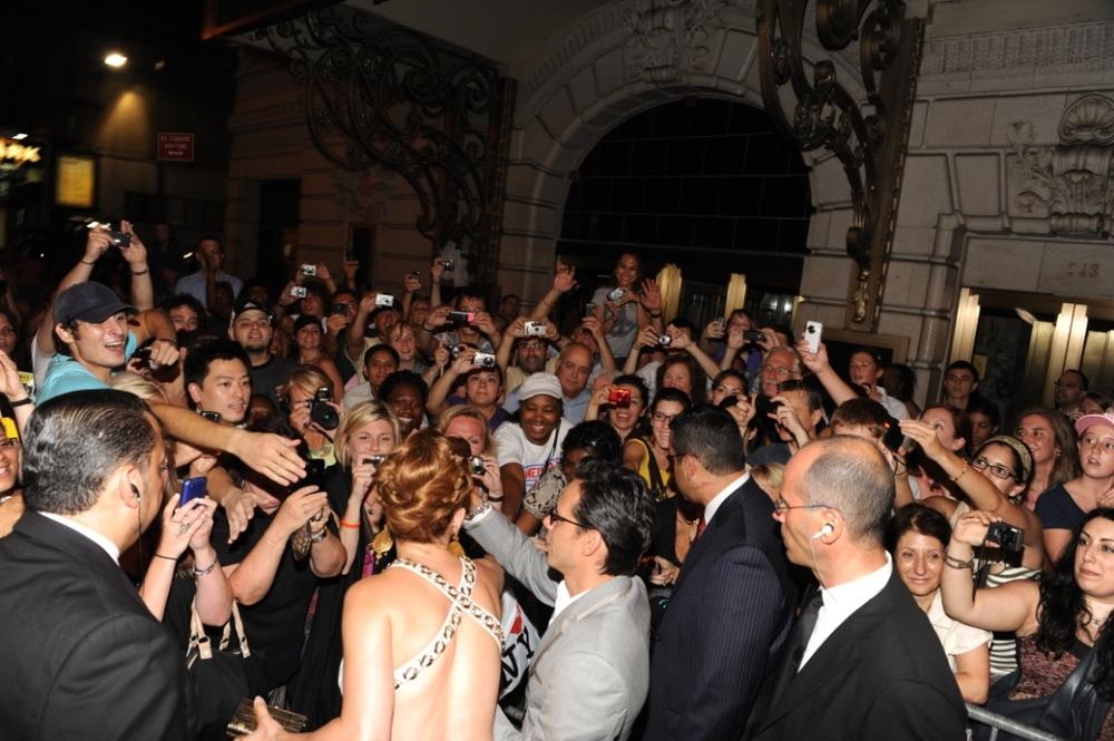 5. Jennifer Lopez 40th birthday - greeting fans.jpg