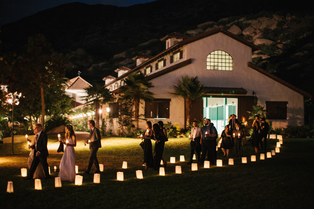 078 Dinner Luminary Pathway.jpg