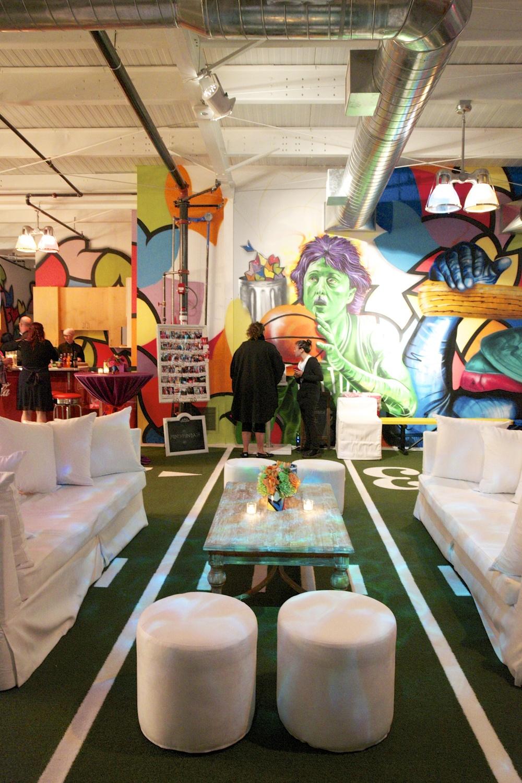 Munchkin Lounge Sports.jpg
