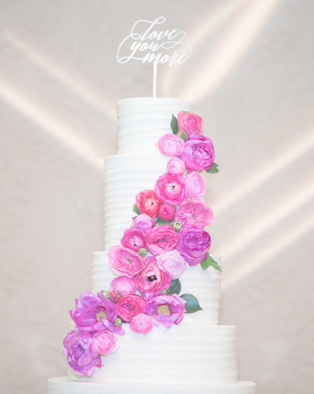 060 Wedding Cake.jpg