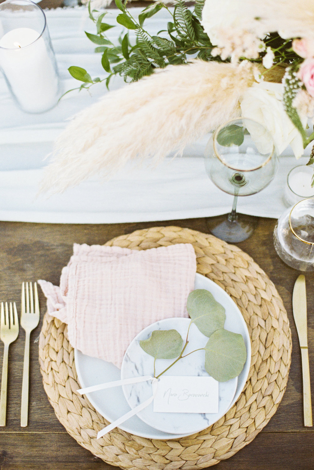 39. Boho Romantic Place Setting 1.jpg