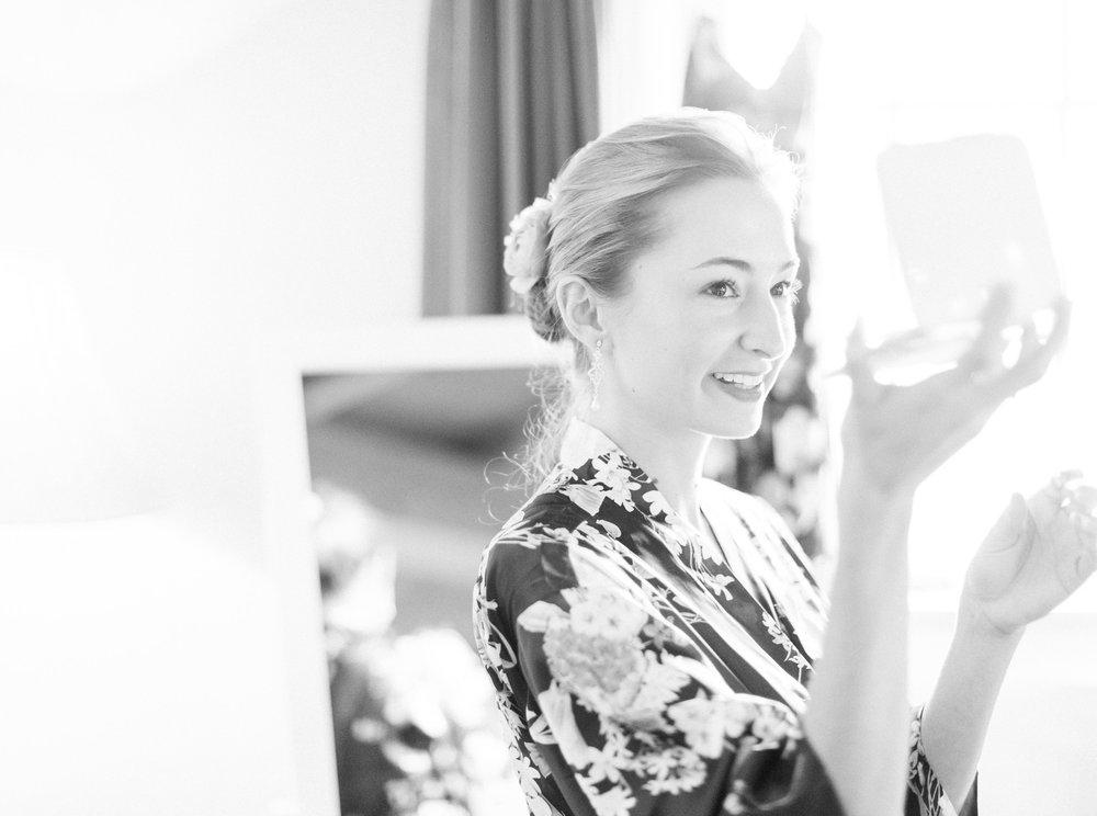 15. Bride Getting Ready.jpg