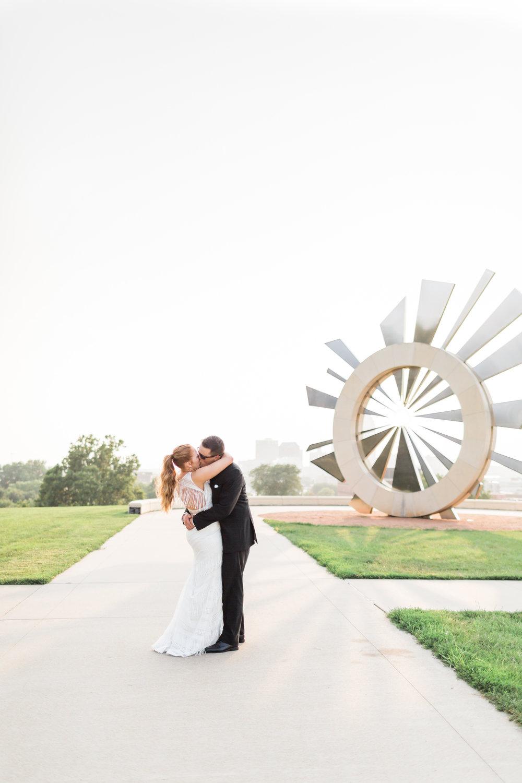 romanticoutdoordesmoineswedding-38.jpg