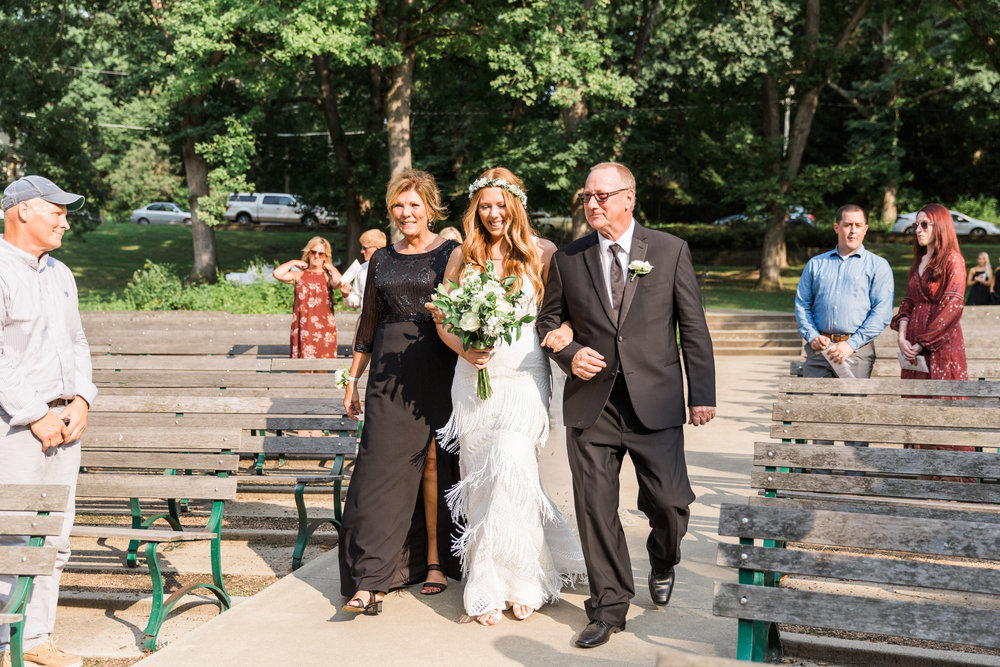romanticoutdoordesmoineswedding-53.jpg
