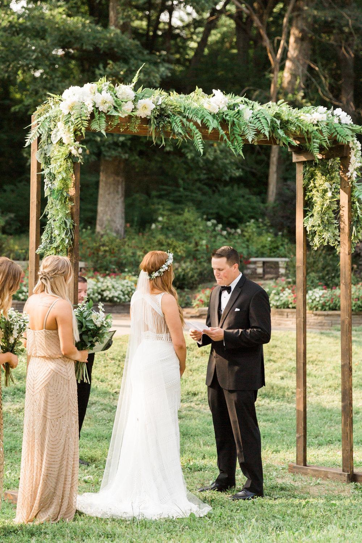 romanticoutdoordesmoineswedding-56.jpg