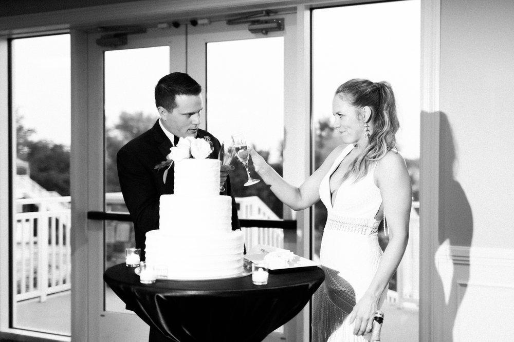 romanticoutdoordesmoineswedding-68.jpg