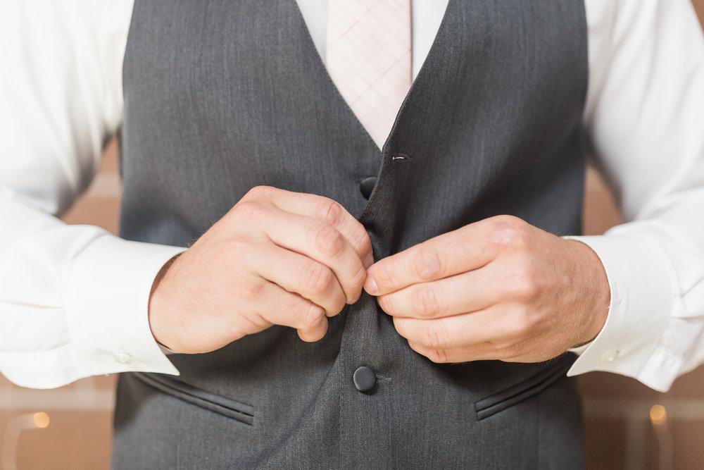 charmingrusticcentraliowawedding-26.jpg