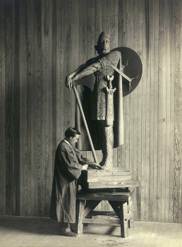 Here is a picture of Einar working on his statue of Thorfinn Karlsefni, one of the discoverers of America.