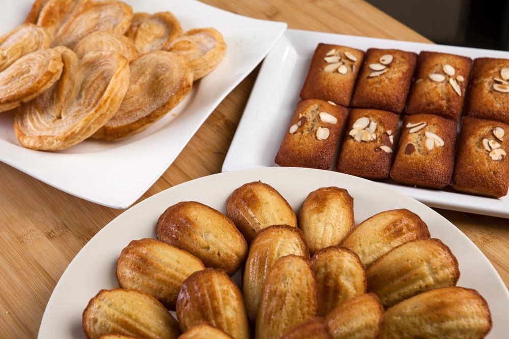"""img src=""""www.boosalisbakeryandcafe.jpg"""" alt=""""bakedgoods"""".jpg"""