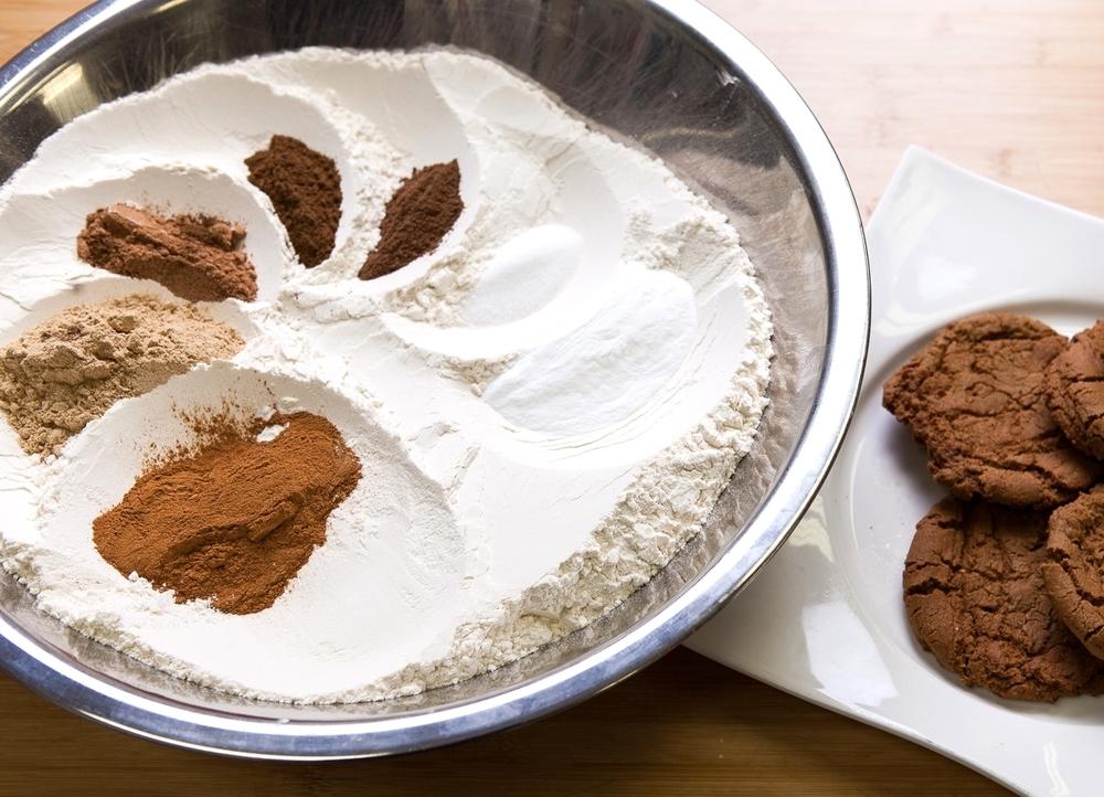 "img src=""www.boosalisbakeryandcafe.jpg"" alt=""cookies"".jpg"