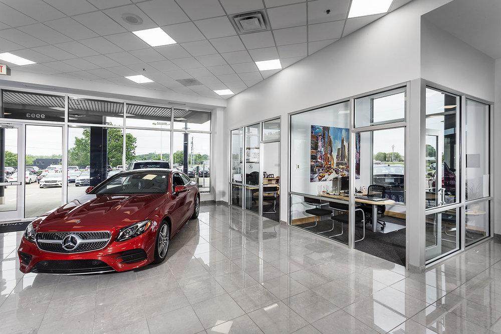 Mercedes Interior (3).jpg