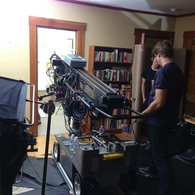 The Mini Technocrane fitting through the smallest of areas to get the shot required. . . . #camera #technocrane #supertechnocrane #dp #dırectorofphotography #gettheshot #producer #onset #setlife #bts #cinema #cinematography #photooftheday #cameraoperator #cameraassistant #hardwork #asc #alexa #architecture #productionlife #interiordesign #gettingitdone #house #filmmaking #movies #crewlife  #goodvibes #instagood
