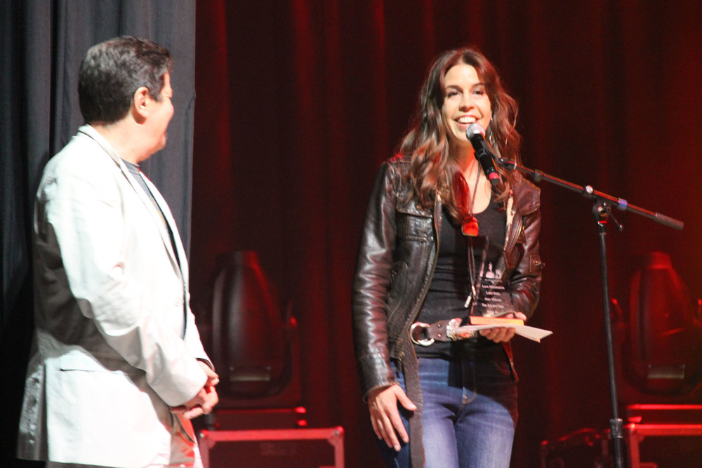 Lara Manzanares Album of the Year Award.jpg