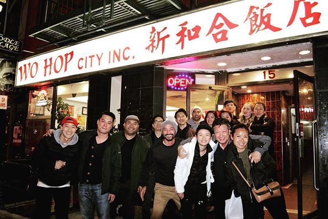 Chinatown eats w the gang ! 😋#reunion #NYC  #Repost @patmander ・・・ Truly blessed to know these talented individuals and friends. 🍺 Here's to another great nite in ctown. ・・・ #filmmakerslife #asianamerican #asam #actorslife #newyork #chinatown #wohopcity #friendship #support #community