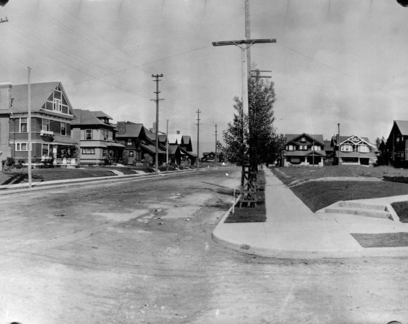 1907:  Looking north on Western from Venice Blvd.