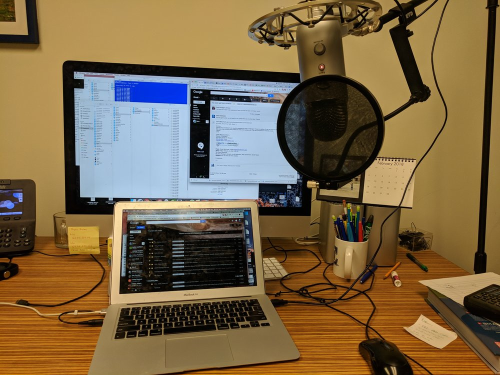 This is Dave's Podcasting setup.