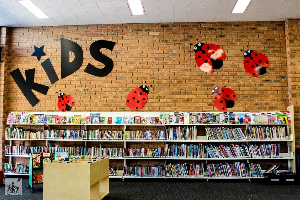 Mamma Knows East - Mooroolbark Library