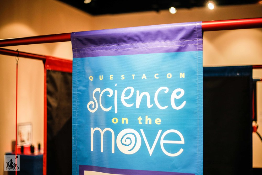 Mamma Knows East - Questacon science on the move