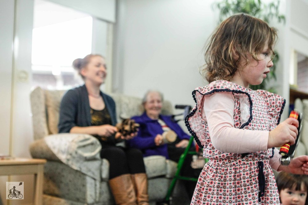 Mamma Knows East - Intergenerational Music Playgroup Carousel Therapy Mulgrave