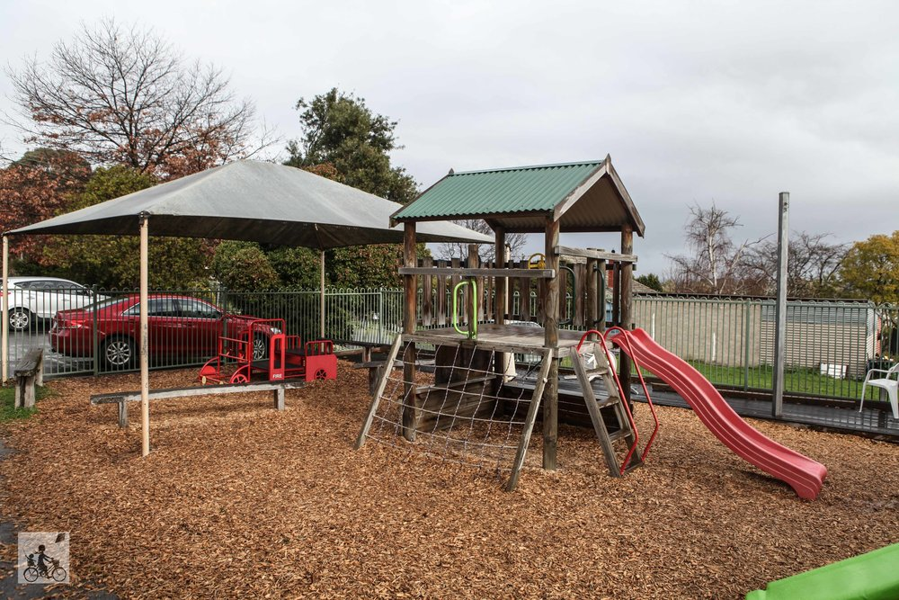 Mamma Knows East - The Hub Playcafe Boronia
