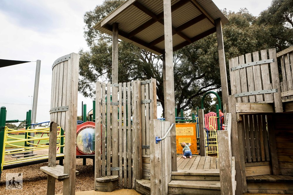 Central Reserve, Glen Waverley- Mamma Knows East (12 of 18).jpg