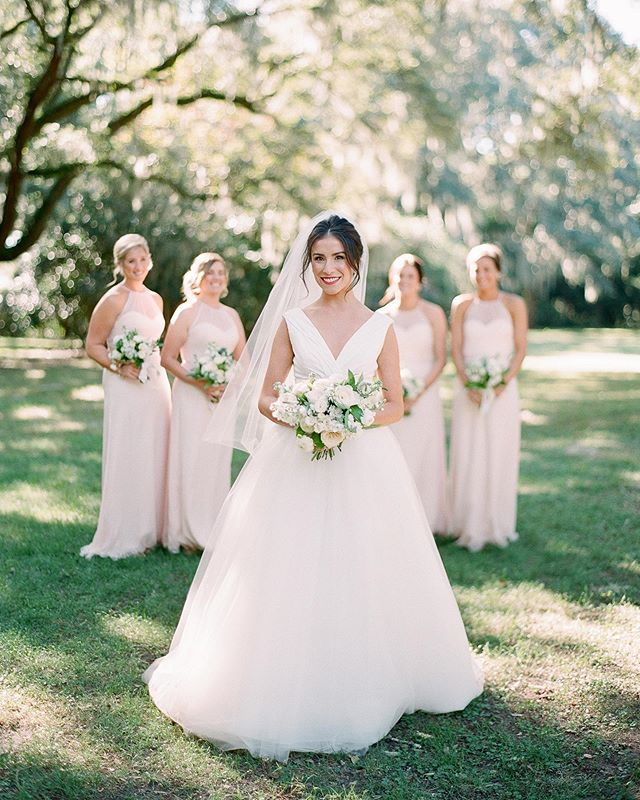 🚨New real bride alert! 🚨 Lauren was married in the @CarolinaHerrera Chloe gown. Isn't she simply flawless? | Photography by @julielivingstonphotography . . . . . #carolinaherrerabridal #classicbrides #charlestonbrides #charlesronbridal #chiffonweddingdress