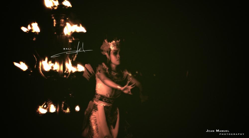 Bali.Kecak.003.jpg
