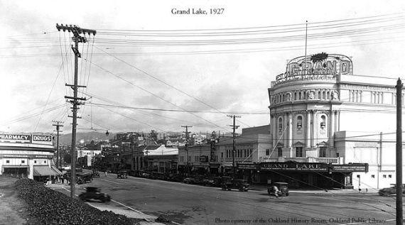 grandlake-theatre-in-1926