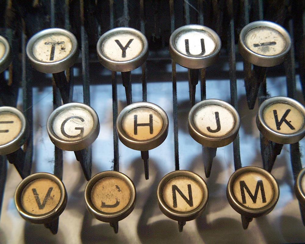 typewriterA008