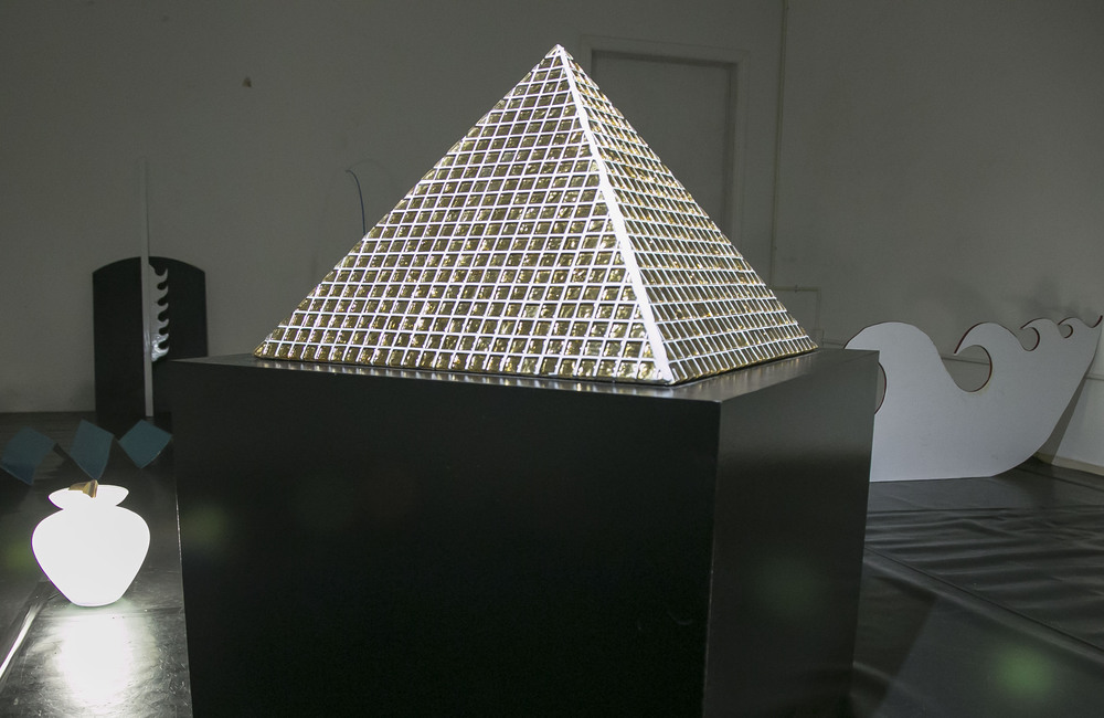 Pyramid  (exhibition view at SAFEhouse Arts, San Francisco, CA), 2016, Wood and tiles, 27 x 25 x 25 inches  Image credit: Minoosh Zomorodinia