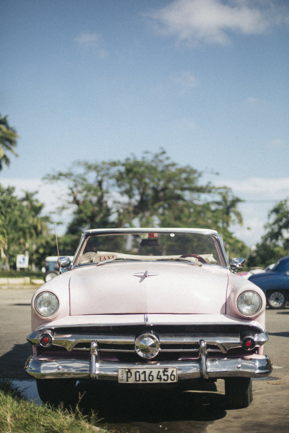 If you don't already know, Havana and Cuba in general is FULL of old cars in mint condition. The people take great pride in their cars and for a lot of them it's how they make their income with the tourists.