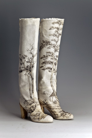 7 Questioning the ink paradigm: Sophie McIntyre in conversation: Olivier Krischer,  Canberra    Peng Wei,  Winter Mountain , 2011, Sergio Rossi boots and rice paper, 60 x 25 x 30cm; image courtesy the artist and Tina Keng Gallery, Taipei and Beijing
