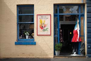 23 A Ballarat summer fling MILLAN PINTOS-LOPEZ Entrance and interior of boutique fashion outlet Miss Behavin, Ballarat, run by Carrie Mufatti; photo: Janet Ranken