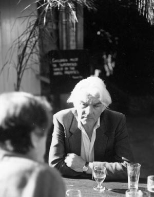 14 Peter Townsend A view from the bar DAMIAN SMITH Peter Townsend in a hotel in Balmain in 1983. Photos Denise Ferris.