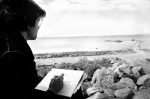 7 condensing magnitudes: robert smithson's 'time crystals': andrew mcNamara,  brisbane     Robert Smithson at Rozel Point, Great Salt Lake, Utah, 1 April 1970, during the building of  Spiral Jetty , 1970; courtesy and photo: Gianfranco Gorgoni