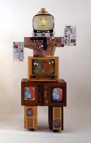 4 Nam June Paik, Tate Liverpool GENEVIEVE O'CALLAGHAN Uncle, 1986. © Estate of Nam June Paik. Photograph by Cal Kowal.