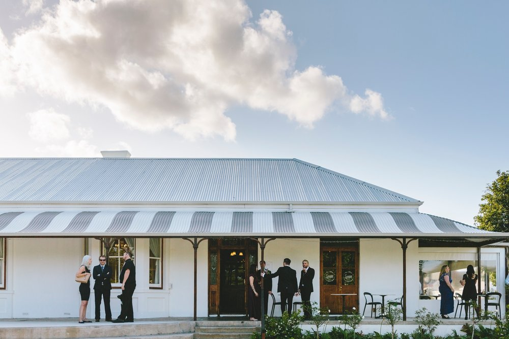 sam_martin_savages_park_garden_wedding_0305.jpg