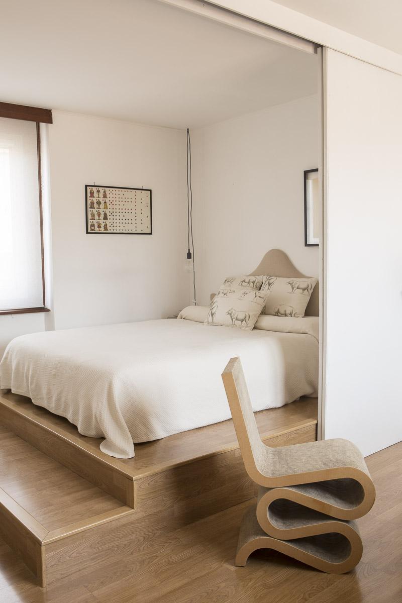 Pelusio, appartamento in Via Silveri, Roma