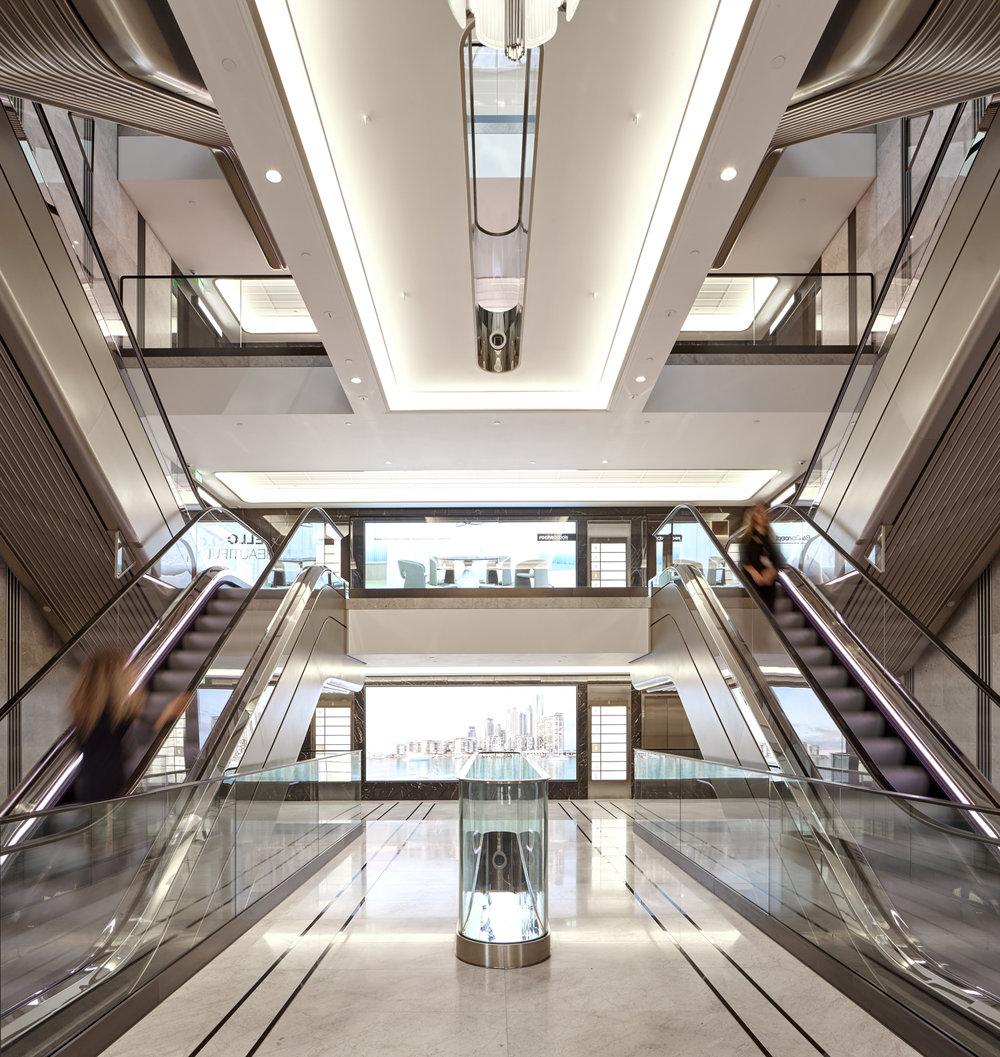Hans Crescent Escalator Hall