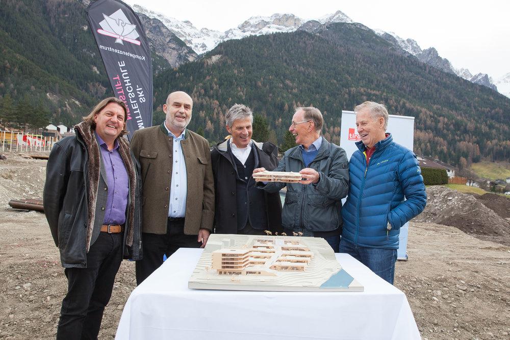Dir. Arnold Gratl, Dir. Thomas Wirth, BGM Peter Schönherr, Dir. Karl Manges, Dir. Herbert Fiechtl