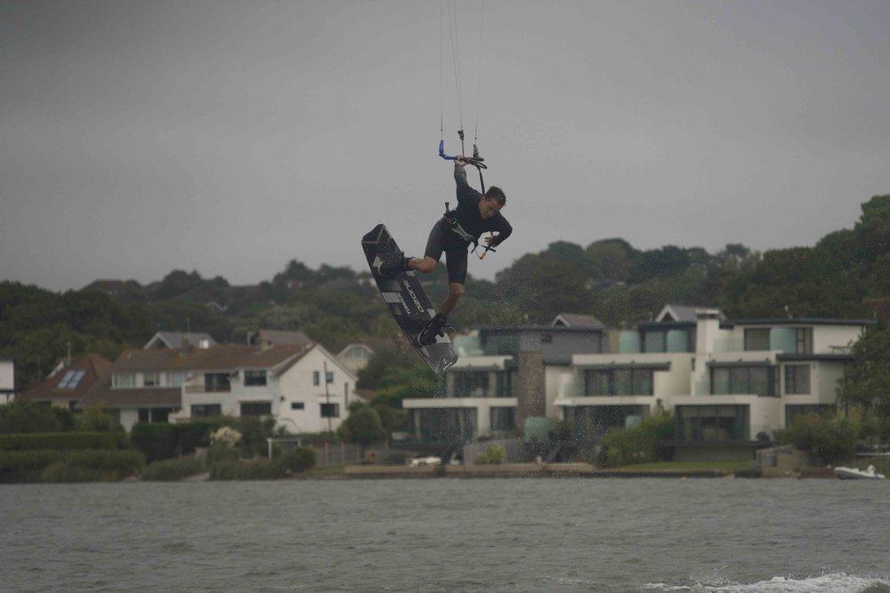 Oli_sweeney_kite_freestyle.jpg