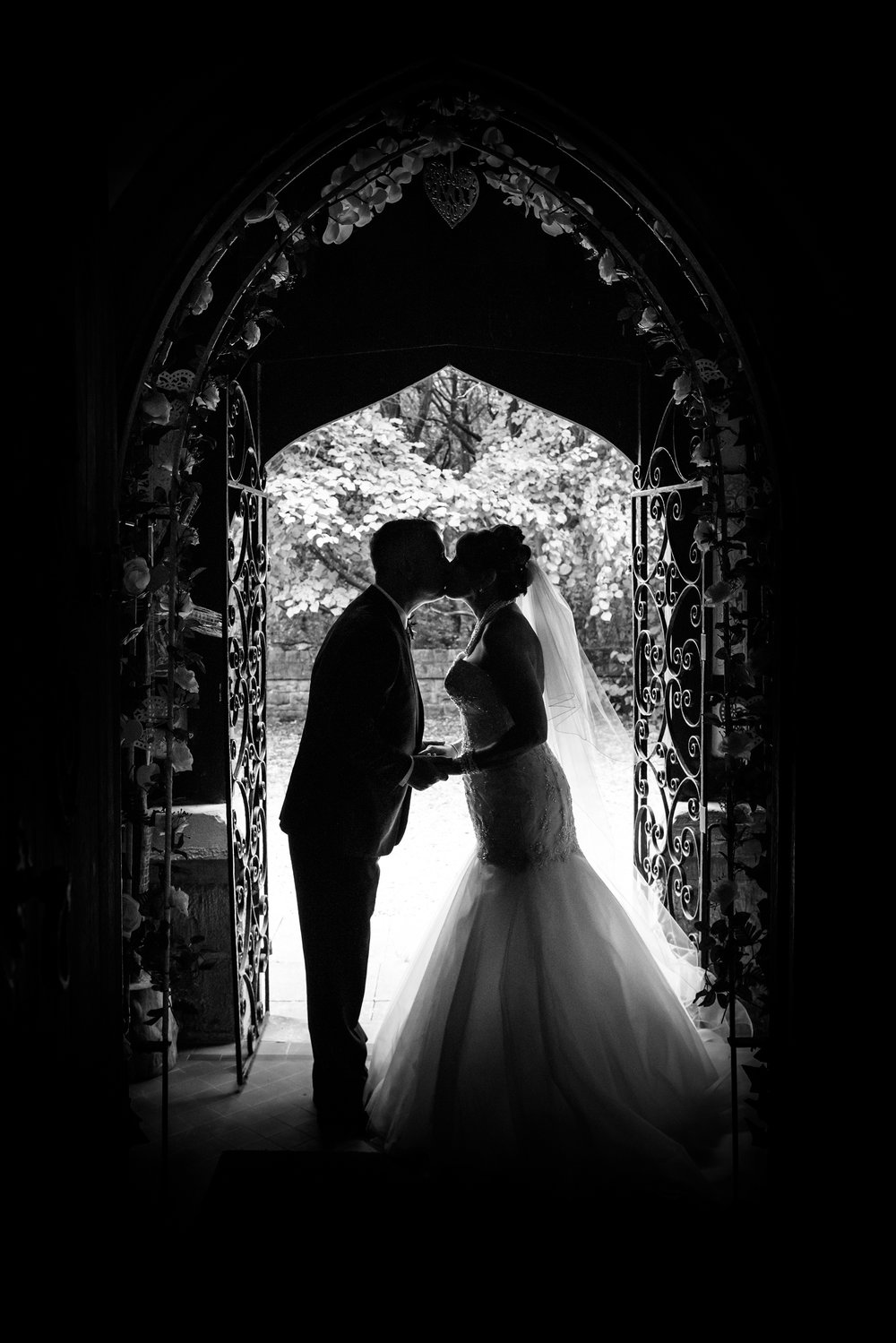 Bride and Groom Silhouette Black & White