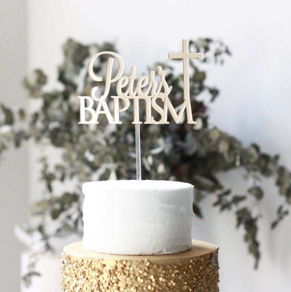 WHITE & GOLD with our serif topper
