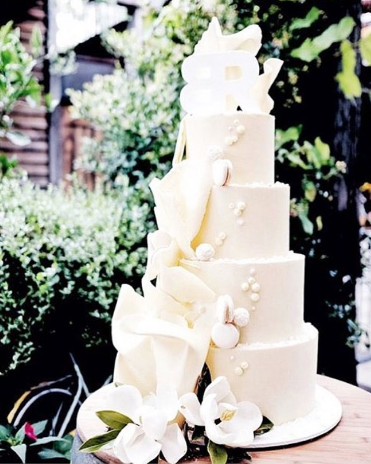 Tall tiers cakesbycliff